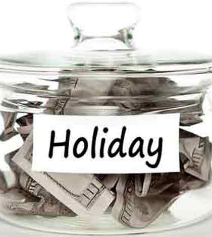 12 Easy Ways to Save Money During the Holidays