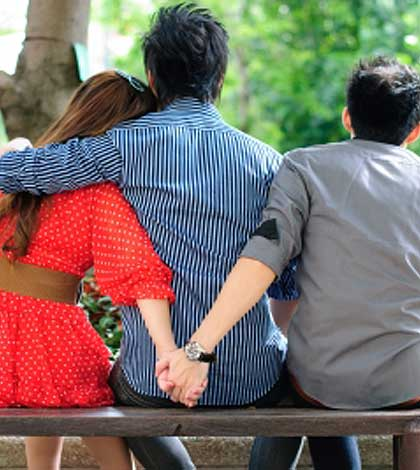 7 Top Signs That Your Spouse Might Be Having An Affair