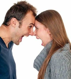 Husband and wife shouting and arguijng when to divorce