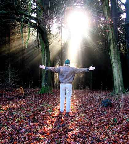 Transform Your Life to Be Happy in 17 Simple Steps
