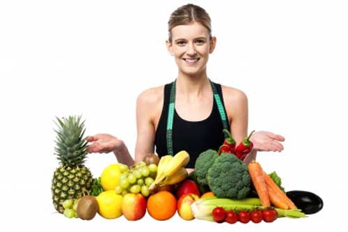 woman giving tip to eat healthy fruit and vegetables to prevent breast cancer