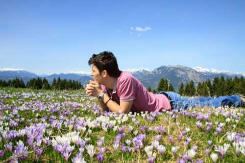 A man enjoying nature lives a good life